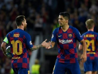 Messi and Suarez celebrate after comeback against Inter