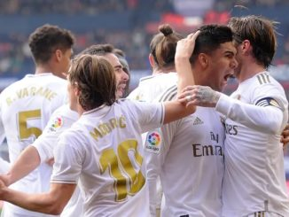 Real Madrid defeated Osasuna 1x4, coming back from an early goal to keep their lead.