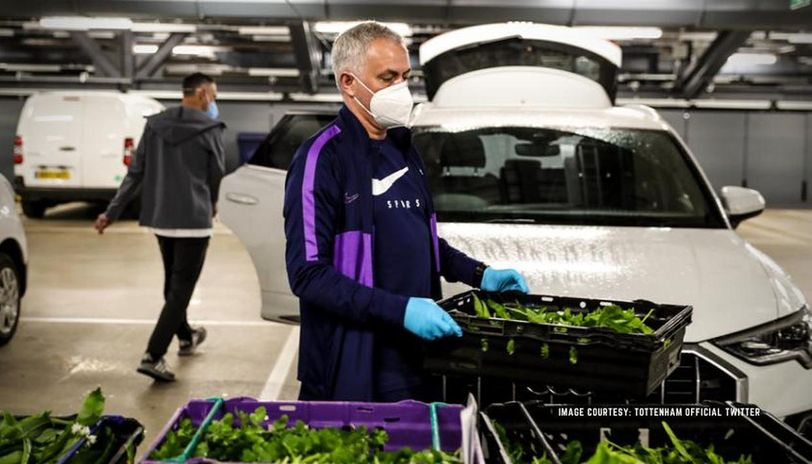 Jose Mourinho delivers food